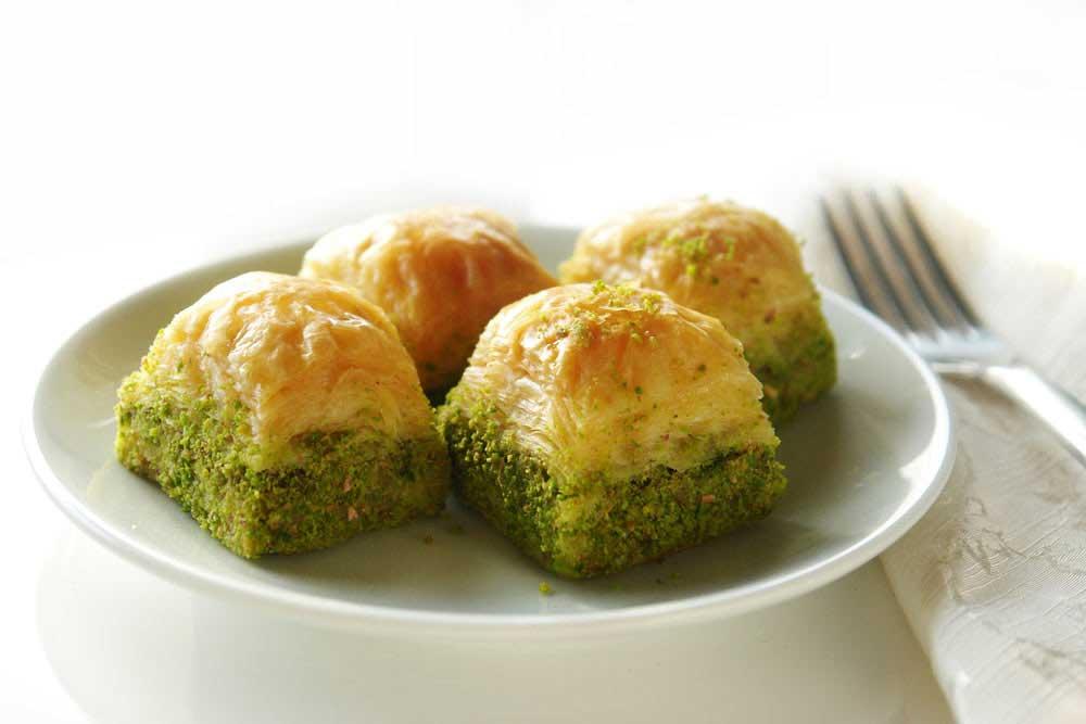 Bayrami-lezzetli-ve-hafif-gecirmeniz-icin-11-oneri