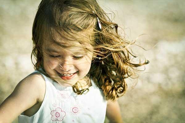 Mutlu Çocuklar Yetiştirmek Zor Değil