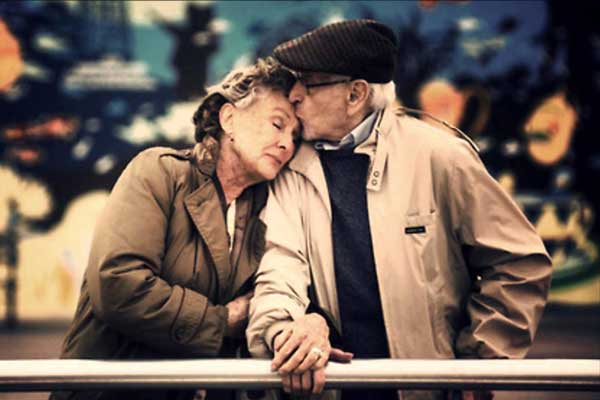 Birbirlerinin Son Aşkı Olan Çiftlerin 10 Alışkanlığı