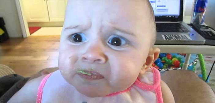 ilk-kez-avokado-yiyen-bebek