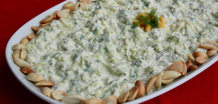 tavuklu-kabak-salatasi