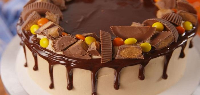 Kalabalıklar İçin Pasta Kesmenin En Pratik Yolu
