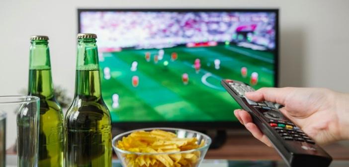 Düz Ekran TV'nizde Asla Temizleme Solüsyonları Kullanmayın
