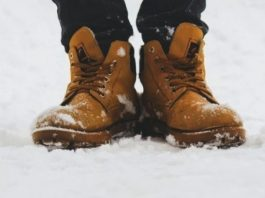 Ayakları Ayakkabı İçinde Sıcak Tutacak Yöntem
